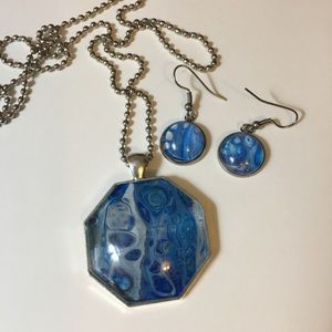 Pendant, chain, and earrings